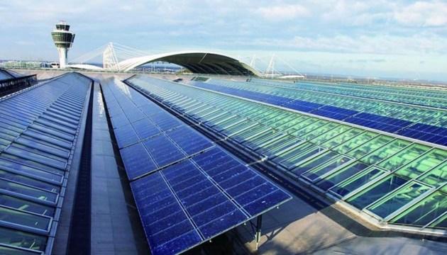 В аеропорту Тбілісі встановлені сонячні батареї
