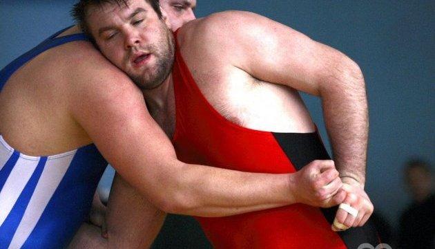 Борці Беленюк і Чернецький виграли перші двобої на Олімпіаді