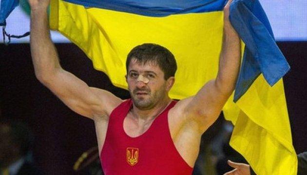 Украинский борец Ален Засеев одолел россиянина