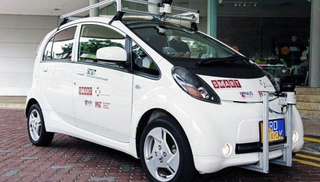 Сінгапур перший у світі запустив таксі без водія
