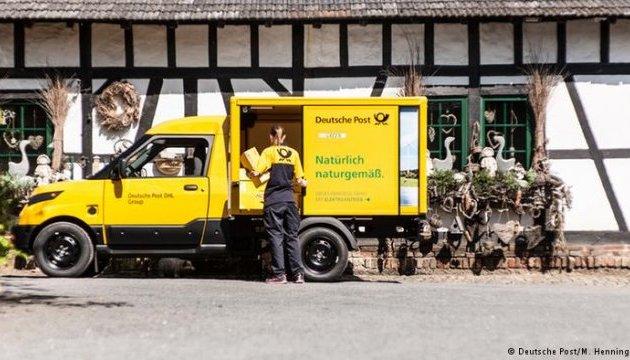 У Німеччині електромобілі розвозитимуть пошту