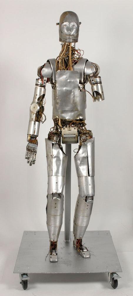 NASA виставило на аукціон раритетного робота