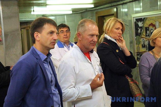Сергій Риженко (в центрі)