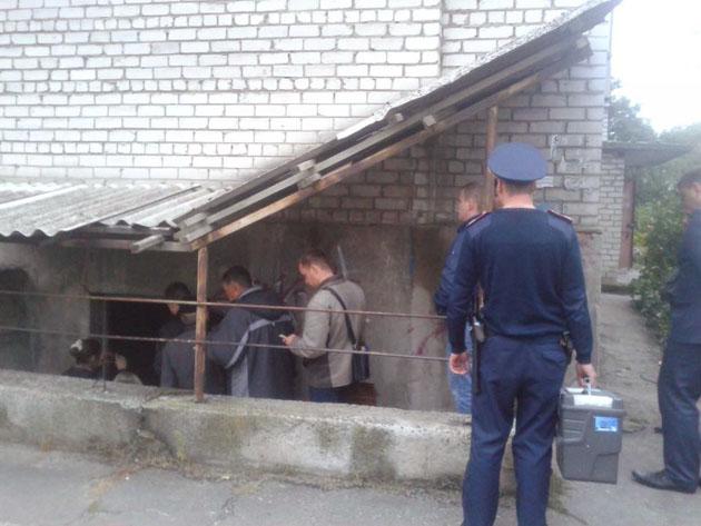 «Сурогатна справа»: НаДонеччині суд заарештував двох продавців смертельної оковитої