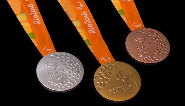 Украинские каноисты на Паралимпиаде завоевали золотую и серебряную медали