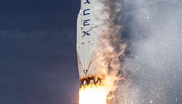 SpaceX объяснила, почему ее ракета взорвалась на старте