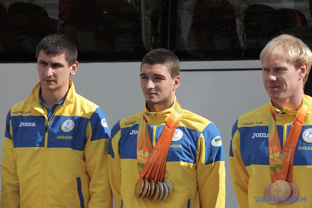 Максим Веракса, Максим Кріпак, Максим Петренчук (справа наліво)