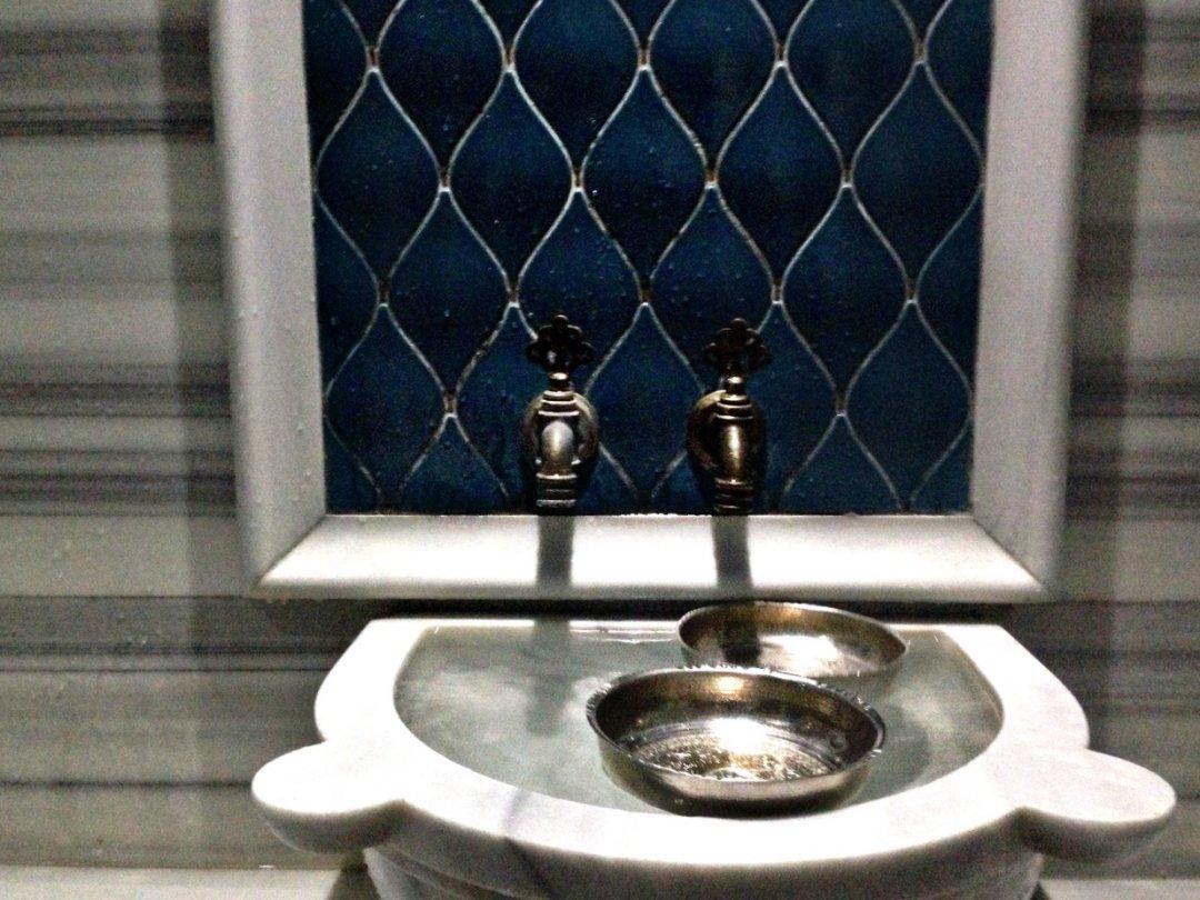 Умывальник для мужчин в одной из мечетей