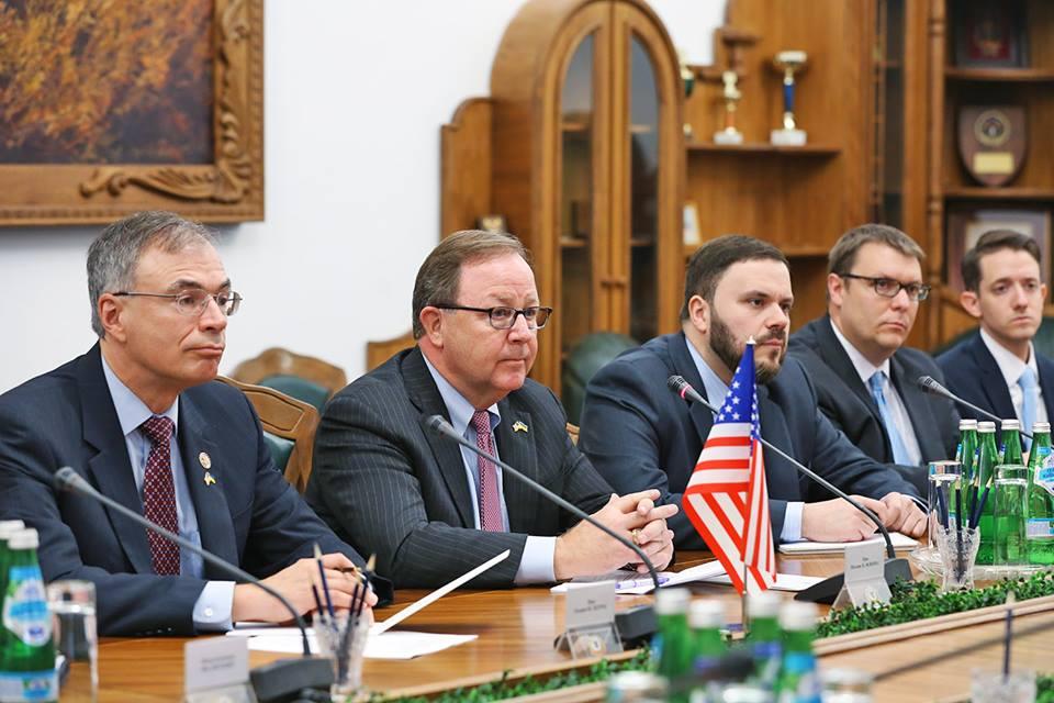 Любые договоренности сРоссией ничего нестоят— Полторак