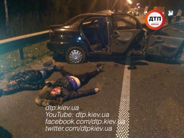 Под Киевом «пьяный» Дэу въехал вмикроавтобус: трое погибли