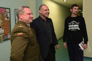 Mutilados por Rusia, curados por Lituania. El país fraternal acepta nuestros heridos.