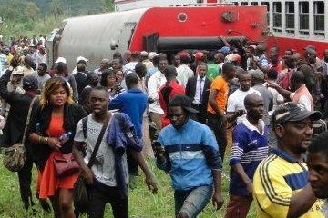 Аварія потяга в Камеруні: постраждалих уже понад 600