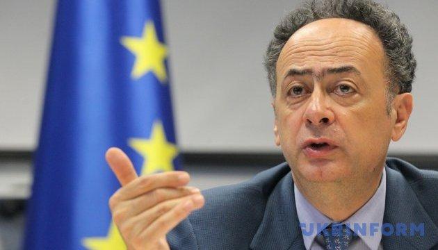 Евросоюз готов поддержать реформы в НБУ - посол