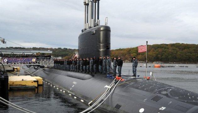 США приняли на вооружение новейшую подводную лодку USS Illinois
