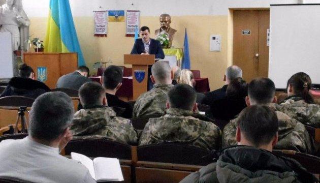 Военные психологи обсудили, как распознать ложь без полиграфа