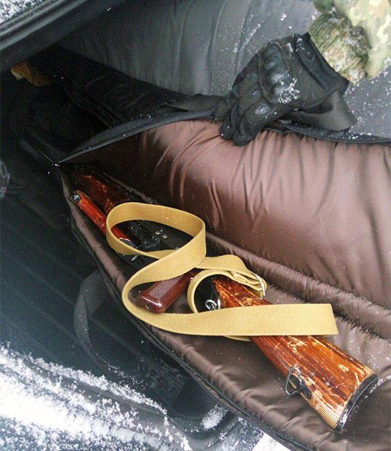 Вооруженные преступники вХарькове отобрали умужчины сумку смиллионом