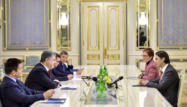 Порошенко встретился со особым посланником Госдепартамента США по задачам энергетики Хокстайном