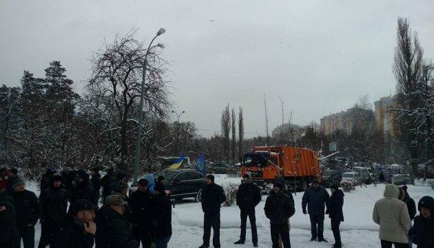 Аваков преждевременно вылетел изКанады в Украинское государство