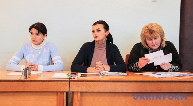 Ганна Шиманська, Алла Єременко та керівник апарату РДА Вікторія Каштор