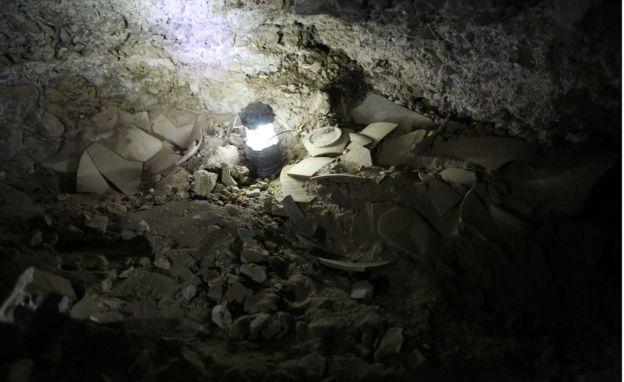 Археологи отыскали пещеру, где хранились свитки Мертвого моря