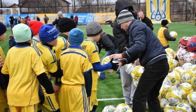 """Футбольна школа  """"Таврії"""" скоро зробить перший випуск на материковій Україні"""