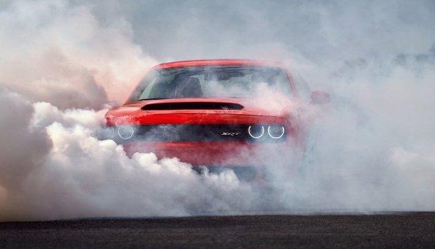 """Найшвидшим у світі автомобілем став """"Додж Демон"""""""