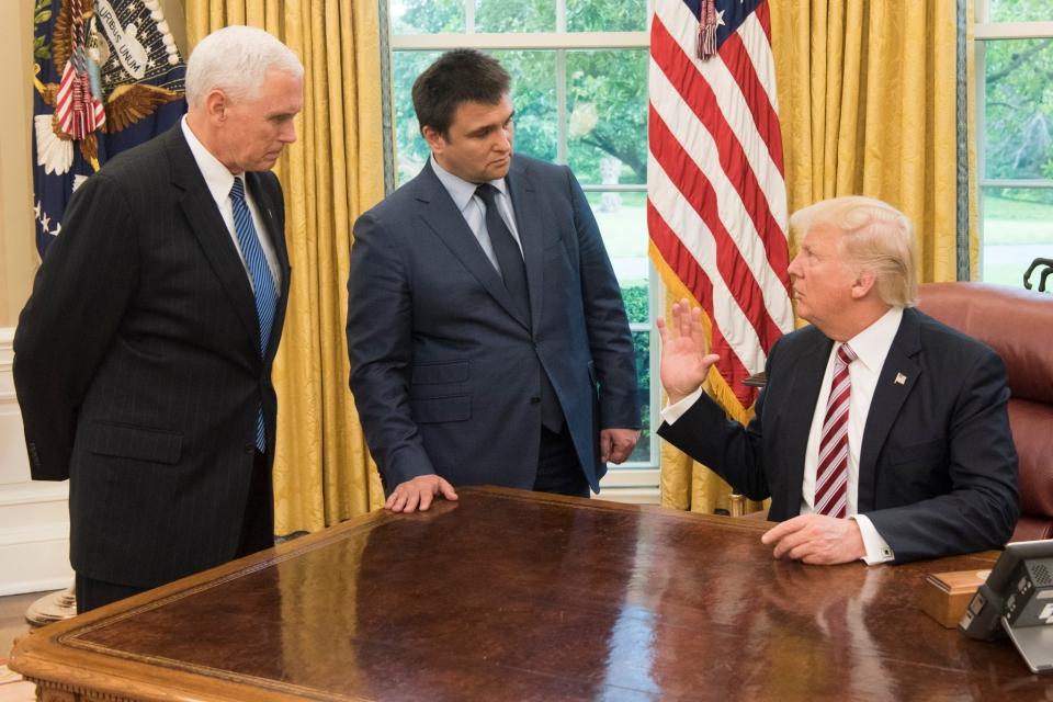 Президент США встретился вБелом доме сглавой МИД Украины