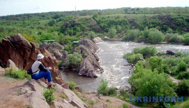 Наметові табори, велопрогулянки й водні розваги: парки Миколаївщини чекають на туристів