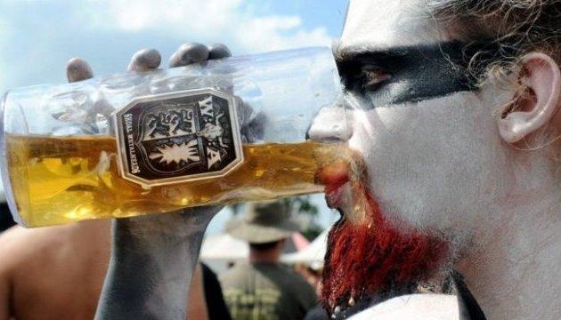 У Німеччині до рок-фесту прокладають пивогін