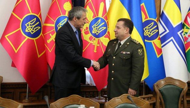 Україна і Чехія обговорили співпрацю в оборонці