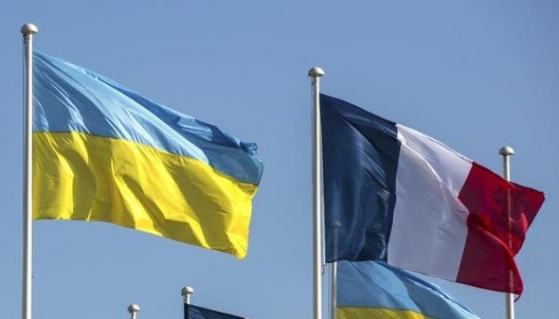 Poroshenko intends to visit France in the near future