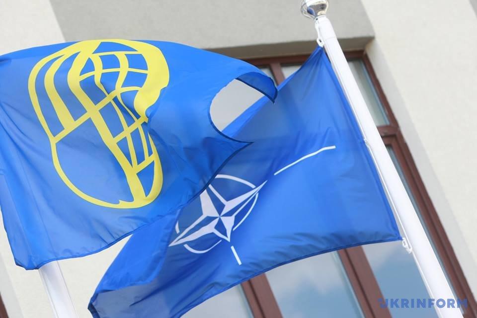 Україна має посилити боротьбу зкорупцією— Генсек НАТО