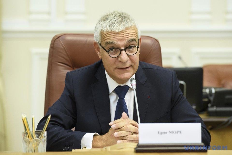 Гройсман констатував напружену ситуацію наДонбасі