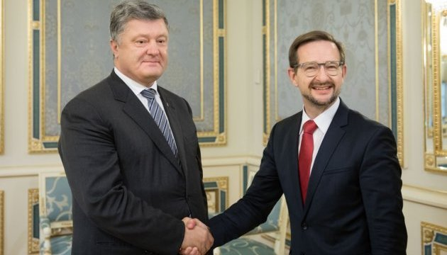 Poroshenko, OSCE general secretary discuss UN peacekeepers in Donbas