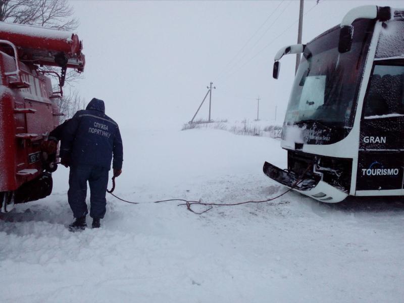 Автодорогу Одесса-Киев закрыли для всех видов транспорта