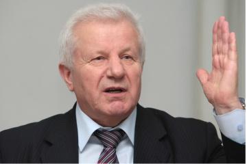 Oleksandr Moroz withdraws from presidential race in Ukraine