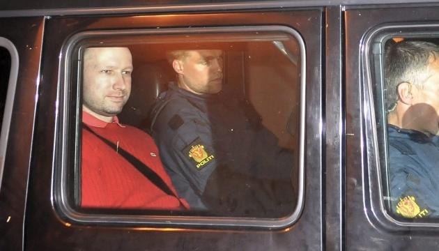 Адвокат Брейвіка заявив ЄСПЛ, що психіка його клієнта під загрозою