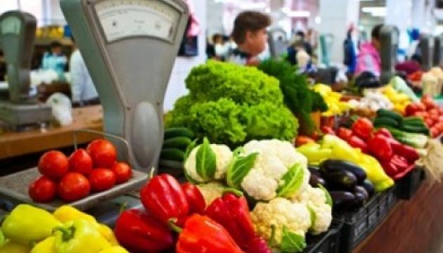 Херсонщина: хто більше виробляє овочів, той дорожче їх купує