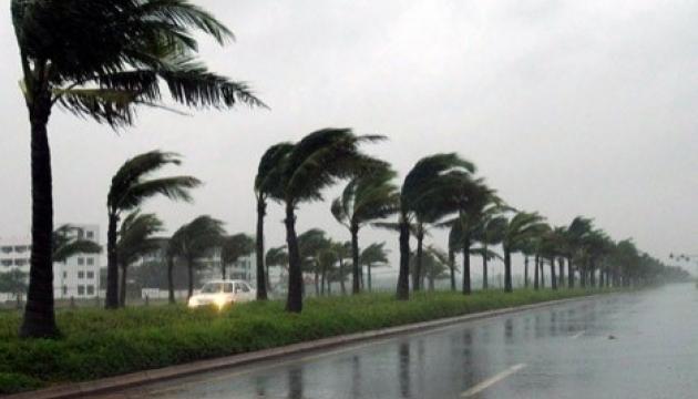 В Японии из-за тайфуна отменили почти 260 авиарейсов