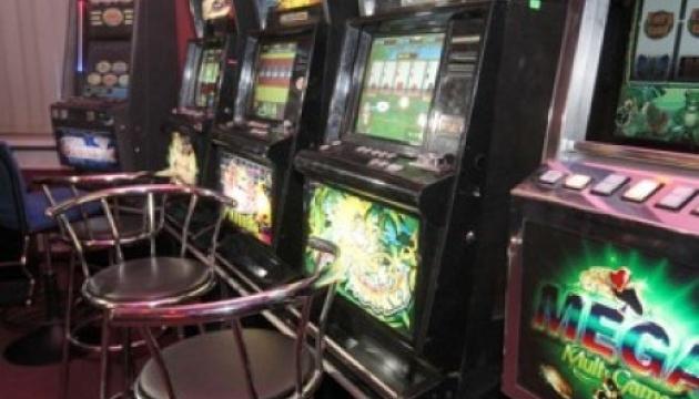СБУ натрапила на мережу підпільних казино на Тернопільщині