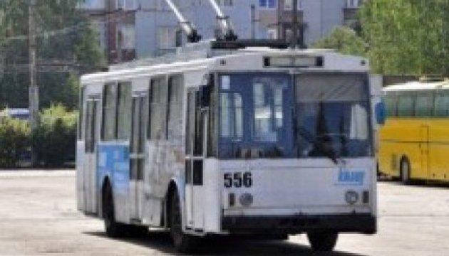 Житомир першим в Україні запровадив безконтактні картки у наземному транспорті