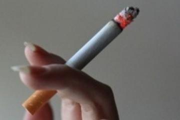 L'OMC : Les fumeurs risquaient davantage de contracter une forme sévère de la COVID-19 que les non-fumeurs