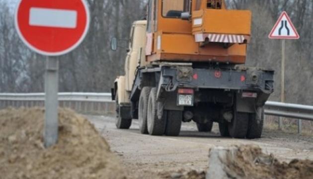 На Тернопільщині дорожники уклали незаконних договорів на 103 мільйони – СБУ