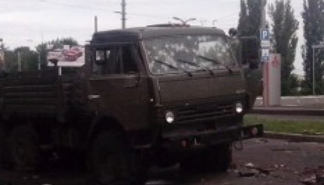 ATO forces smash up two KAMAZ trucks with militants in Donetsk. See images