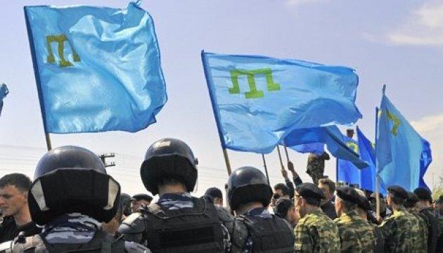 Crimée : les occupants effectuent des perquisitions chez des Tatars de Crimée à Bakhtchissaraï