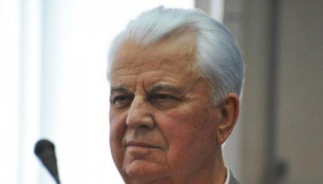 Kravchuk: Hay dos formas de poner fin a la guerra en el Donbás