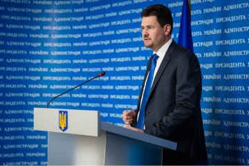 Poroshenko at talks with Macron raised issue of release of journalist Sushchenko – Tsegolko