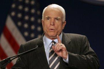 Маккейн обіцяє скоро повернутися до роботи