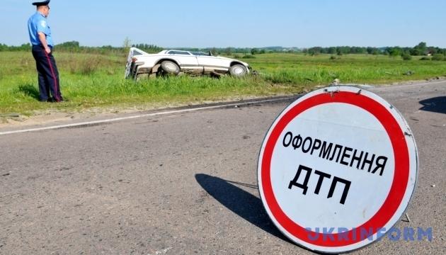 Молдова вывезла пассажиров автобуса, который перевернулся на Одесчине