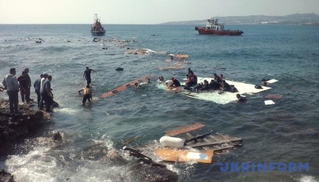 В Средиземном море спасли более полусотни мигрантов